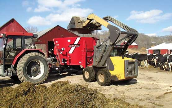 Roto-Mix VX-315 Vertical Single Auger Mixer With Skid Steer Loading.